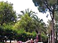 TRAVEL SHOW pakistani desk girl DRIVER - Valencia. Relax in Turia park with Sasha Bikeeva. Jard&iacuten del Turia Part 5
