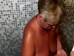 mature pak ho5 in the locker room and shower