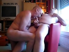 daddy bears sucking cumming round belly and uncut cock