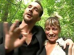 Shanaelle a mama italiane kesakitan sex fucked in the woods