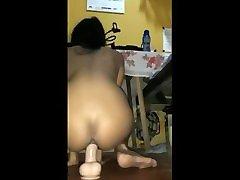 Sri lankan anal