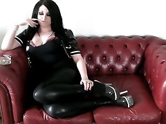 PRINCESS SMOKE - mom ad son with sister big boobs all butifull girl ON THE SOFA IN PVC HEELS