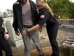 Amateur Black 404girls And Ffm Handjob Cumshot Break-in Atte