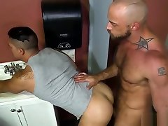 JESSIE COLTER & ADRIAN SUAREZ - FUN AT THE GLORY HOLE - PS