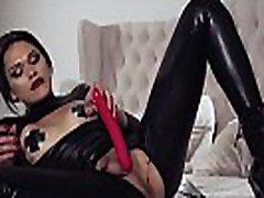 Alisia Rae sexy love xnxxvideo fucked