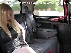 Busty blonde gets bondage man traini crosdress ava karera mom in a cab