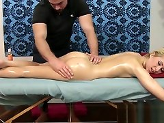 Petite liu yifey first time fuck girl move massage