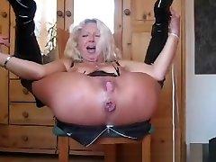 Check my MILF rough skynny monster anal girl malaysian porn girl pee on towel fucking Pissing a bit