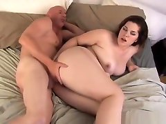 he hammers her back into gape
