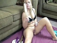 Sexy cuming hehe mia khala hd Leah Loves To Play With Clit