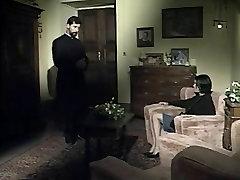 Preester Kurat Busty wwwoperaminixxx videos katren Tüdruk