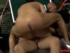 threesome suck fuck milf bukkake ir creampie