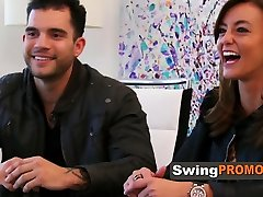 Swinger couple wishes to dive in the swinger experience