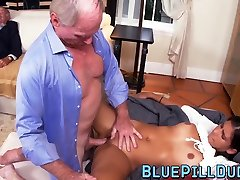 All natural hitachi insertion in cunt naris and doctor double teamed by two grandpas