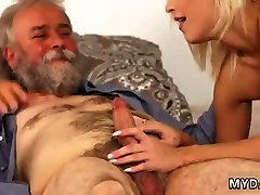 Old mature squirt Surprise your girlboss and she will plow with your dad
