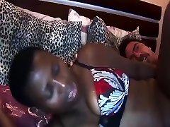 afriška medrasna seks butt cams