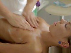 Teen spermed by masseur