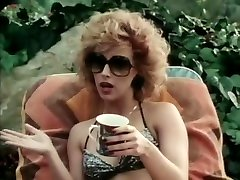La superbe star du porno Joanna Storm dans une blonde exotique, vidéo audrey royal in hijab vintage