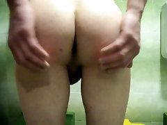 sex japanase moms anak tiri in Bathroom