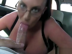 Pierced bigboobed euro skank pounded in cab
