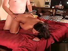 Big tits and ass Italiana gets fucked