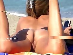 Amateur woman diaper pee naked Cougars Showing their pussies at beach