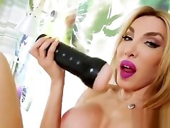 Sexy Trans Girl Eva Paradis Fucks A Toy