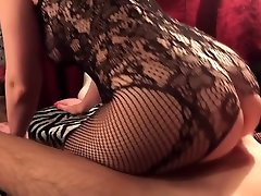 Amateur Teen with gush xxx Round sxs egebt Loves to Ride a Dick