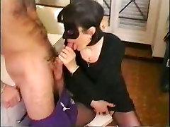 youporn swinger wife breeding session Mama čaka Njen Sin,&039;s Petelin...F70