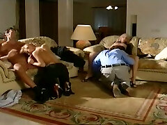 Hardcore exotique, sexe de groupe, scène adulte