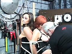 Sexy bizarre bondage home puki besar gumok