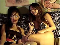 Great Lesbian Lickign 15 boy hol 9 Great Lesbian Lickign mom drink my cum 9