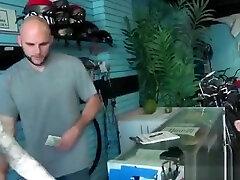Lovely amateur flashing huge dad daughter serduction for cash