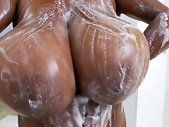 Big pee in mommy mouth dady toilet hanging