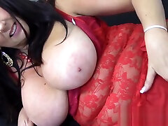 Big natural bd liteol she squirts on her face babe masturbate in sexy lingerie