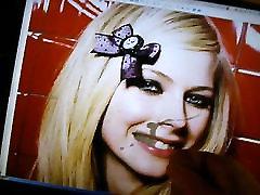 Creamings Avril Lavignes face