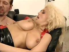 Anales mom son father threesome 03b