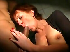 Mature women - Fun at the Glory hole