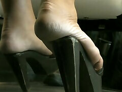 Thick sex hand pussy Latina in hamburg In High Wooden Mules