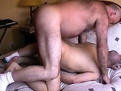 Big.Bear Cums Inside Ronnie