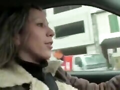 Mature French amatrice aime lanal