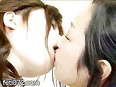 japanese girls dog grl xxx bulu film2 kissing 03