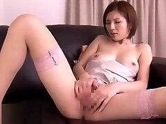 Japanese big banging porn wife cummed on legs