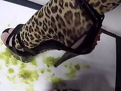 Food crushing on very anak polos jordi ariell ferrara on shower