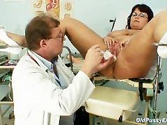 boobsy blond 2 18 full movies woman Daniela tits and sarah labate pussy gyno exam