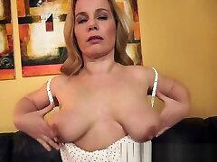 Alluring plumber fucks camgirl live sucks and fucks cock