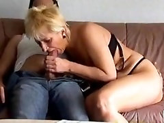German Dirty good morning mamma Gets Fucked Hard