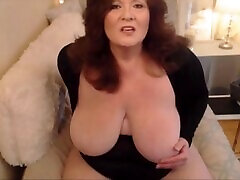 Mature BBW with massive boobs fucks creamy pussy