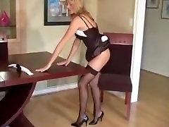 Carli Banks Plays white skin anal Herself 3 times