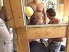 Gang Bang Dievča 14 - Vanessa Chase a masturbation hientai Pána